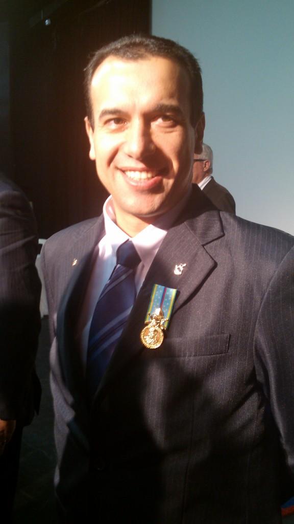 André Miguel, membro do departamento de Relações Públicas da APMDFESP, também estava entre os que ganharam a medalha