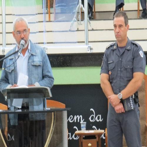 (Foto: Divulgação/APMDFESP) Edson de Sousa Pimenta (representante da APMDFESP Leste) também se pronunciou no evento e falou da honra que era estar ali presente