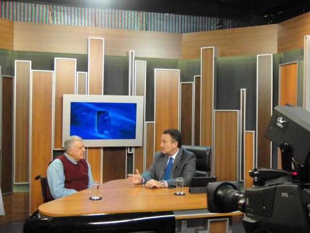 Elcio Inocente falou sobre a atuação da APMDFESP com o Pastor Dennis Munhoz, no programa Ponto de Equilíbrio, da TV Mundial