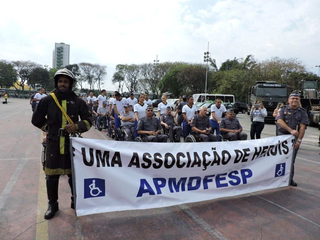 O grupo se reuniu na concentração, no Sambódromo do Anhembi, onde aconteceu o desfile