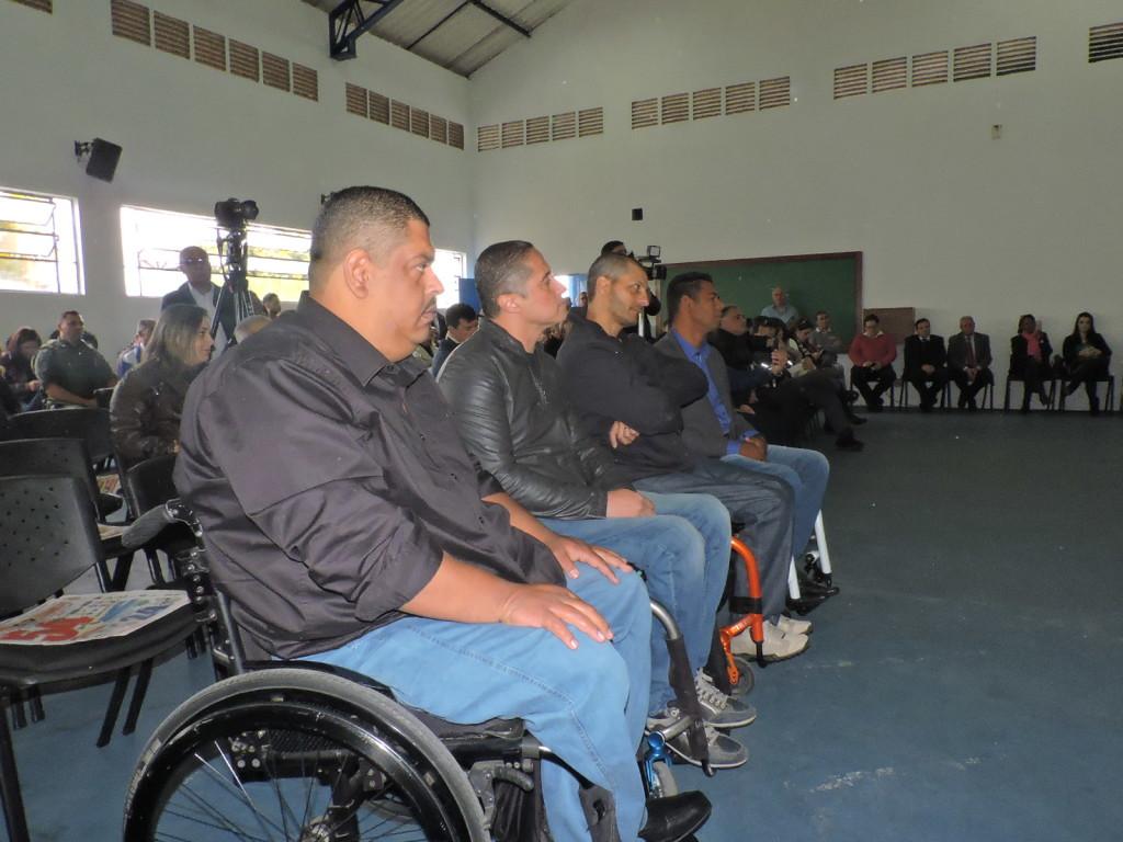 Membros da diretoria da APMDFESP durante o evento