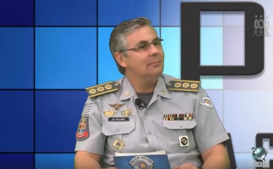 O Comandante do CPA/M-8, Coronel PM Marcelo José Rabello Vianna, é o apresentador do programa